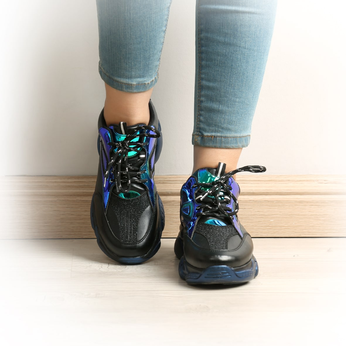 کفش زنانه اسپرت چشمی مگسی مشکی | Fly's eye Woman's Sport Shoes