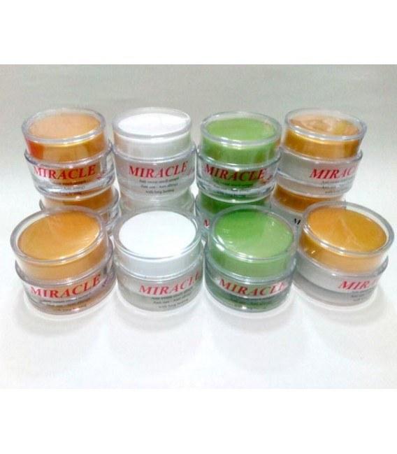 درمان تضمینی و دائمی سفید کردن و از بین بردن سیاهی و بوی بد زیر بغل و کشاله ران و نواحی آلت تناسلی |