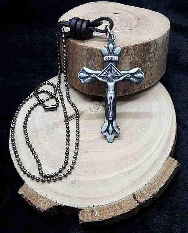 تصویر گردنبند صلیب نقره ای کد zs01