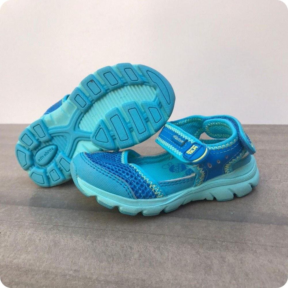 تصویر کفش بچهگانه آکبند و اورجینال برند Stride rite