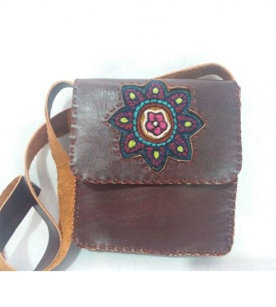 کیف زنانهچرم دستدوز