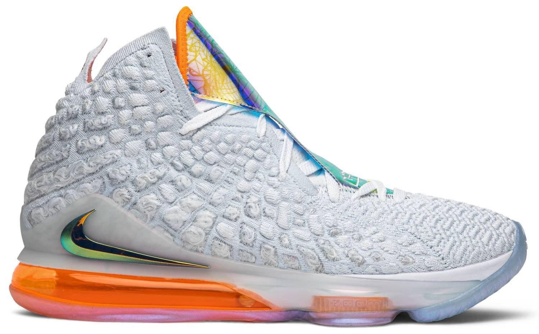 تصویر کفش بسکتبال نایک مدل لبرون ۱۷ سفید