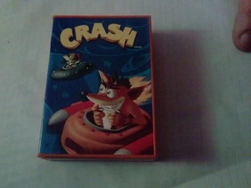main images کنسول بازی دستی Crash Bandicopt دارای سه بازی و محصول Universal Interactive Inc. Crash Bandicoot 3 Handheld Game