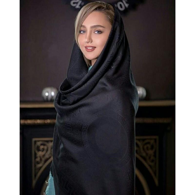 تصویر روسری نخ ژاکارد مشکی قواره بزرگ 140 کد 045