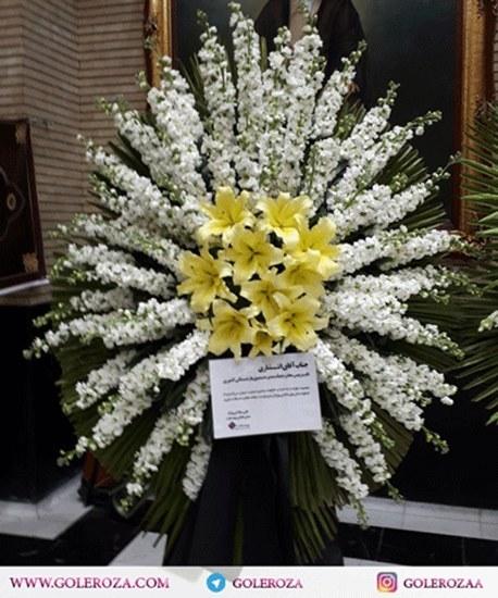 تصویر تاج گل یک طبقه شب بو و لیلیوم