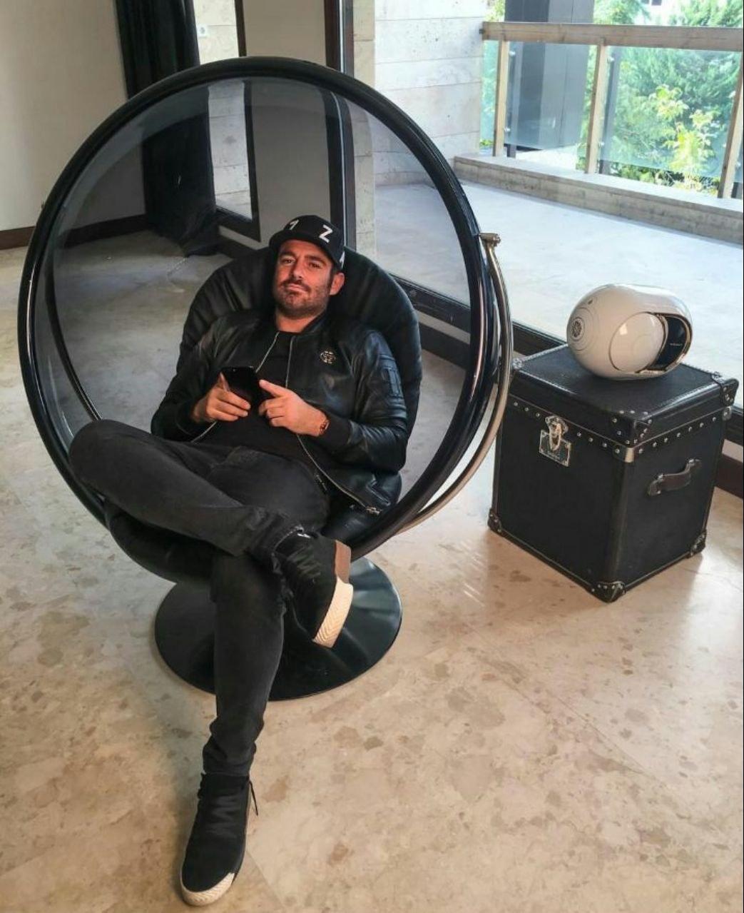 تاب مدل شیشه ای ویلا مبل