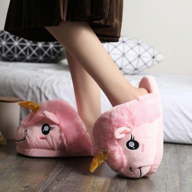 اسلیپر اسب تک شاخ  Unicorn Plush Slippers | Unicorn Plush Slippers