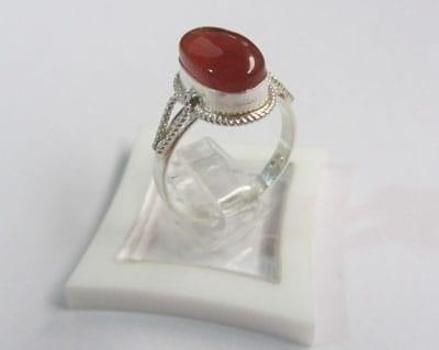 انگشتر نقره عقیق اصل معدنی آبی کبود پررنگ | انگشتر زنانه نقره عقیق اصل طبیعی و معدنی آبی کبود پر رنگ