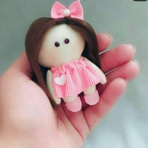 عروسک نمدی پیرهن صورتی |