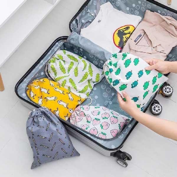 عکس ست کیسه کتان مخصوص چمدان cotton drawstring bag ست-کیسه-کتان-مخصوص-چمدان