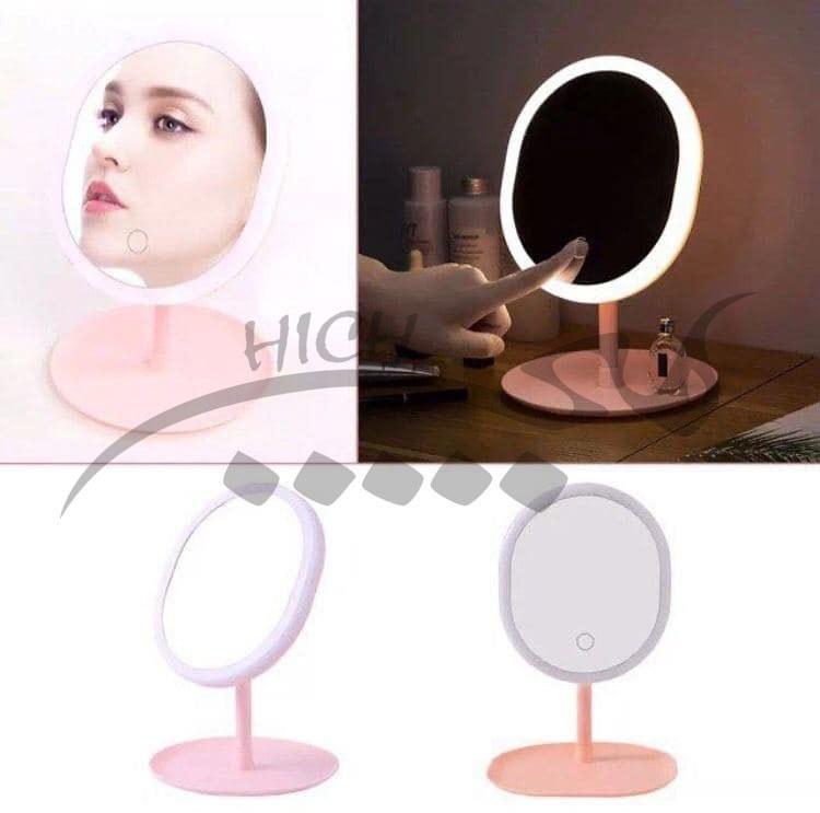 عکس آینه رومیزی همراه با رینگ لایت مناسب برای  نور پردازی صورت و ناخن  اینه-رومیزی-همراه-با-رینگ-لایت-مناسب-برای-نور-پردازی-صورت-و-ناخن