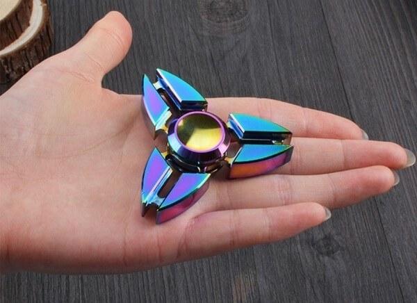تصویر اسپینر فلزی طرح دراگون Deragon Fidget Spinner