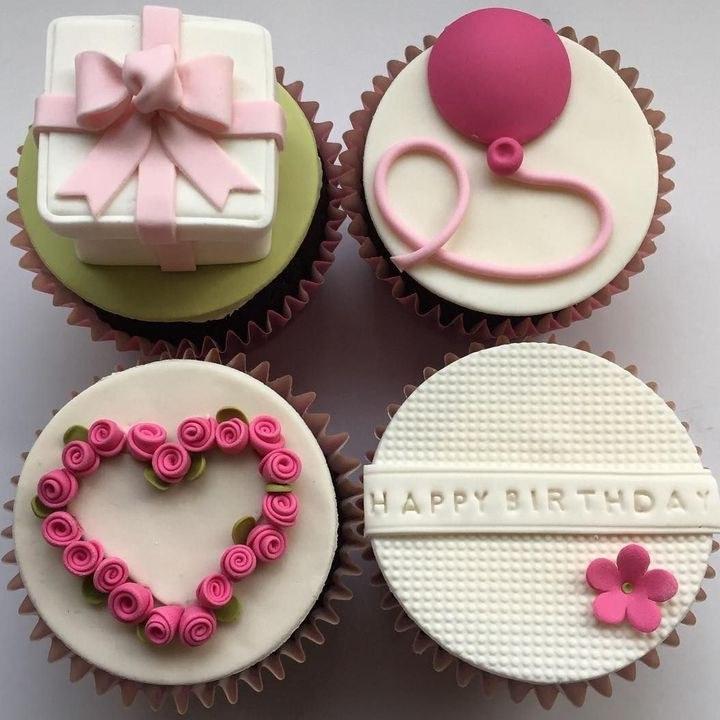 تصویر کاپ کیک طرح هدیه تولد - پک 4 عددی