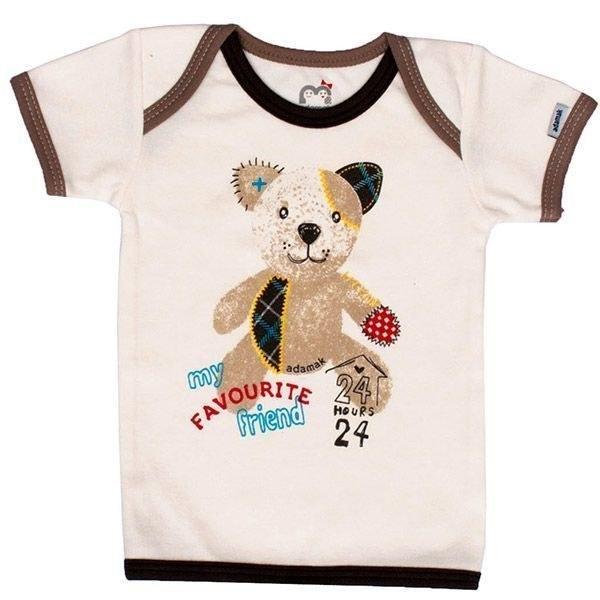 تصویر تی شرت پسرانه آستین کوتاه آدمک طرح خانه و خرس