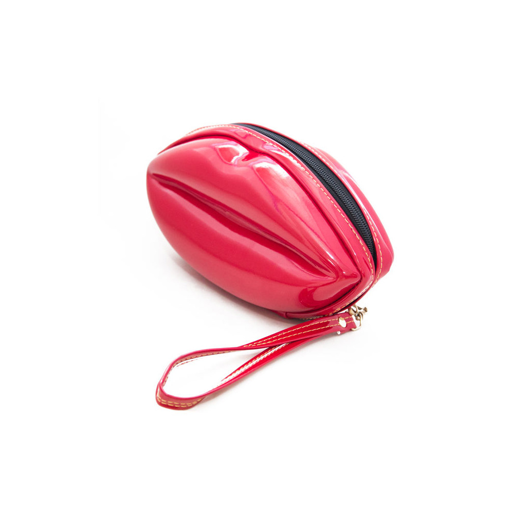 تصویر کیف لوازم آرایشی سایز بزرگ لب قرمز
