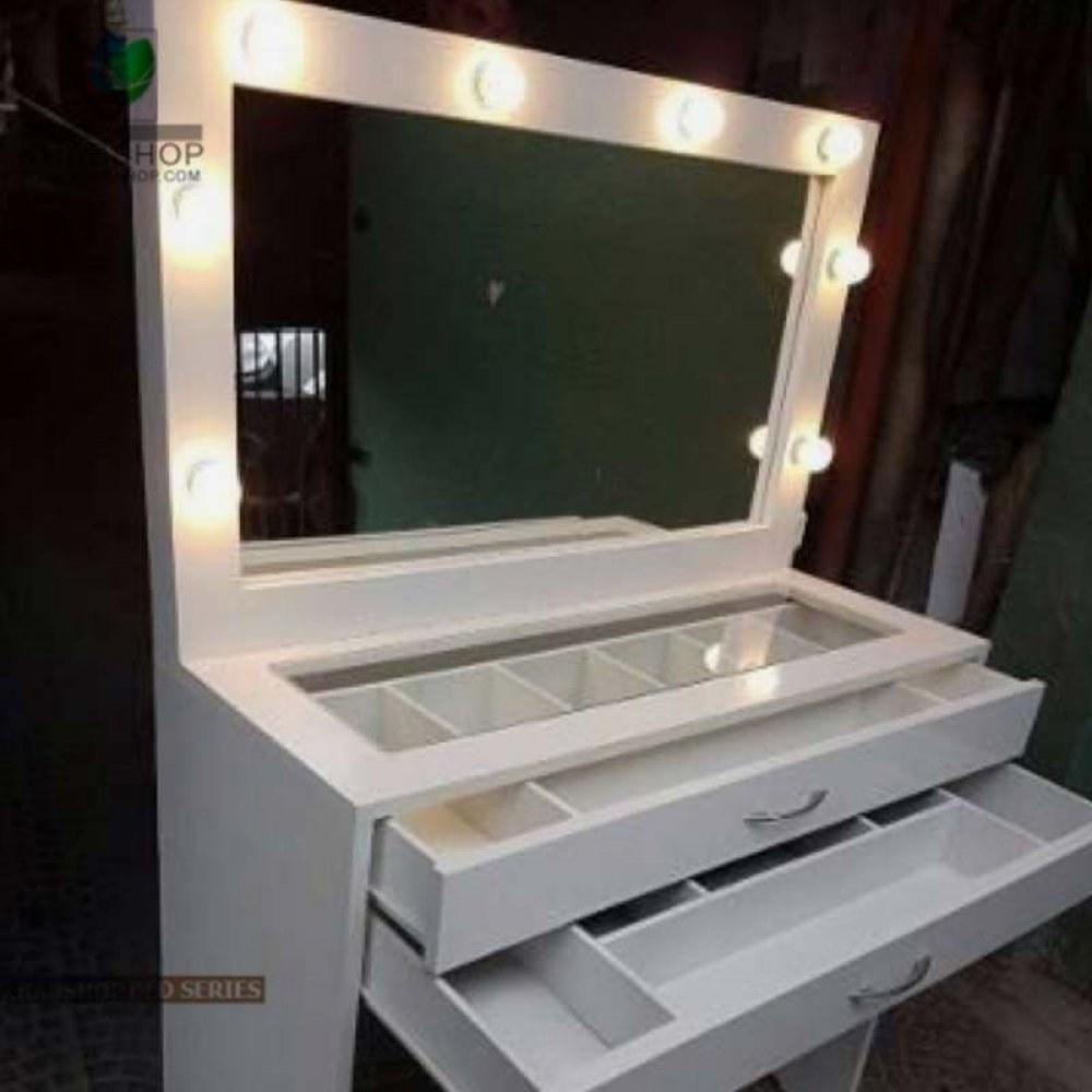 تصویر ست میز آرایش و آینه چراغ دار 12
