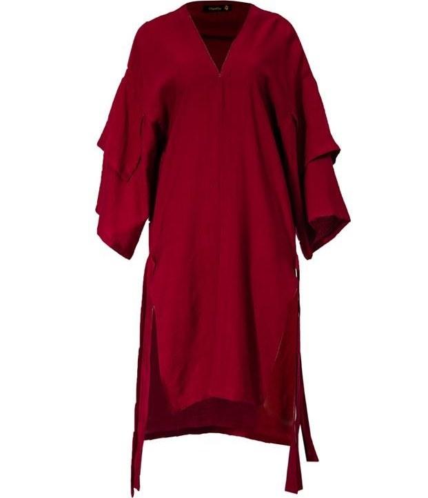 عکس مانتو زنانه بلند مدل خندان قرمز ساراحمیدی  مانتو-زنانه-بلند-مدل-خندان-قرمز-ساراحمیدی