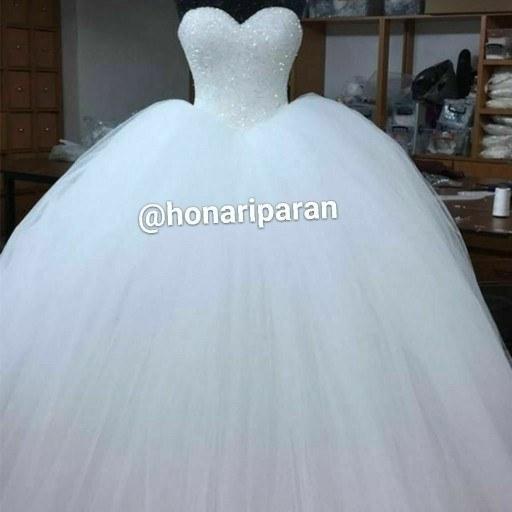 لباس عروس اسکارلت به همراه اشانتیون ژپون |