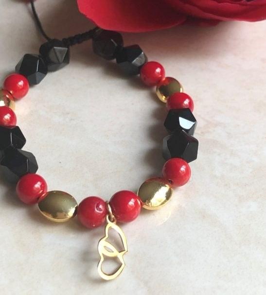 دستبند طلا با آویز قلب