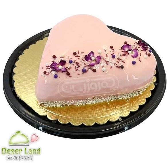 تصویر کیک خامه ای با روکش سس فرانسوی خانگی دسرلند