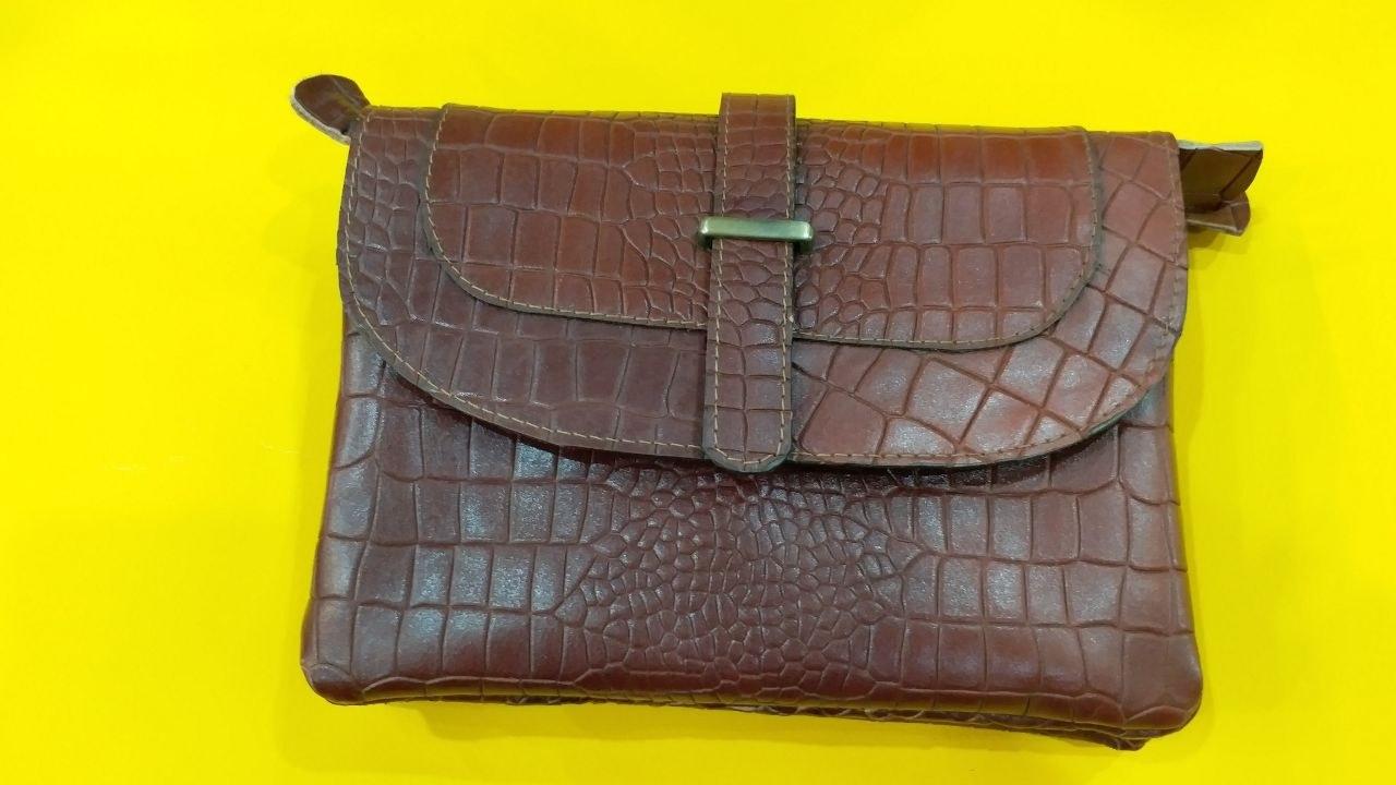 تصویر کیف چرمی ۵۰۲۶Gozal