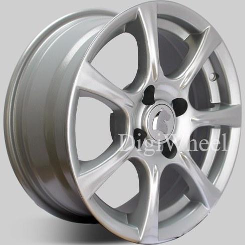 تصویر رینگ چرخ اسپرت 7 پر نقره ای