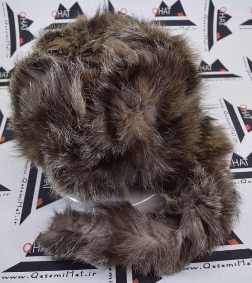 عکس کلاه روسی زنانه(پوست)11 کلاه روسی زنانه(پوست) مخصوص فصل زمستان وهوای سرداست کلاه قابل استفاده درسایزهای 58-59می باشد(فری سایز)وجنس این کلاه ازپوست طبیی(خَز) تهیه شده است وآستری آن ازجنس ساتن است این کلاه بسیار شیک و زیبا می باشدبه همین دلیل به راحتی درسوزهای سرد زمستانی تمامی سروپشت گردن رو گرم نگاه می دارد کلاه-روسی-زنانه-پوست-11