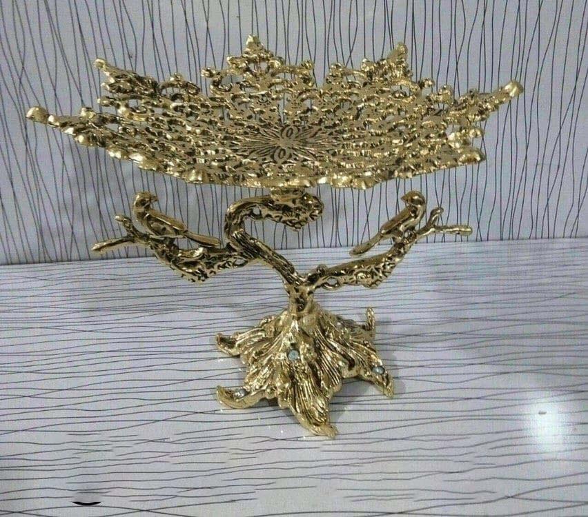 تصویر کد5-145  میوه خوری پرنده پایه ریش طلایی