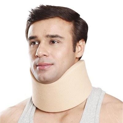 گردنبند طبی نرم سایز متوسط B-01 تاینور